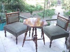 Neoreneszánsz garnitúra 2 fotel+asztal igényesen felújítva