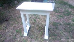 Antik tömör fa hasznos kis masszív munkaasztal,lerakó asztal
