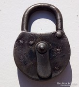 Antik kovácsoltvas lakat - 7