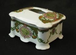 Antik osztrák porcelán kis doboz