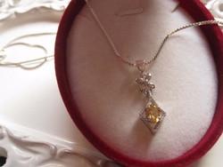 Liliomos ezüst medál  citrin topáz kövekkel+ nyaklánc