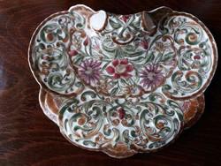 Zsolnay porcelán tál virág díszítéssel