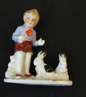 Kisfiu nyulakkal W&A porcelán figura