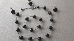 Fekete gyöngy nyaklánc, karkötő, fülgő, gyűrű