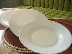 Fehér arcopal hullámos szélű 5 db tányér, arcopal, tejüveg