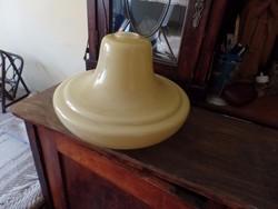 Sárga üveg lámpa bura