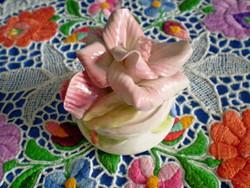 Gyönyörű jelzett porcelán virág bimbóval 1.
