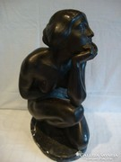 Nagyméretű női akt szobor
