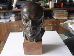 Olcsai Kiss Zoltán jelzett Lenin szobor