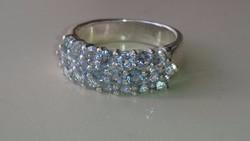 Ezüst gyűrű Gyönyörű Akvamarin kövekkel díszítve 925