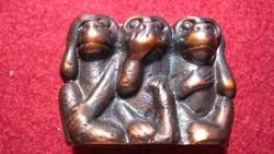 Három bölcs majom, nem lát, nem hall, nem beszél, tömör bronz figura, szobor