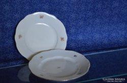 Zsolnay tányérok (2 db)